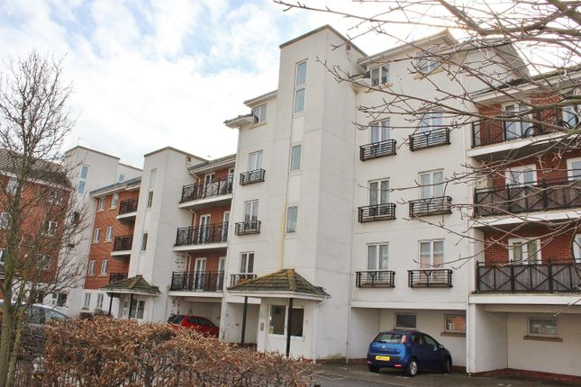 Thumbnail Flat to rent in 6 Chantry Close, Abbey Wood, London
