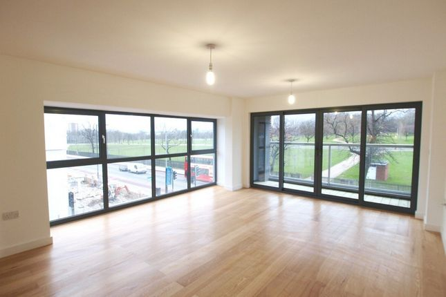 Thumbnail Flat to rent in Fiesta House, Seven Sisters Road, Finsbury Park