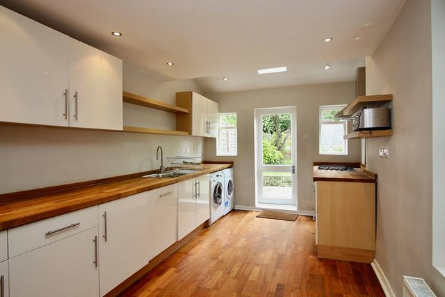 Thumbnail Terraced house to rent in Dagmar Road, Finsbury Park