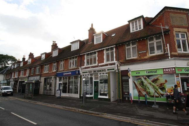 Thumbnail Flat to rent in Haven Road, Canford Cliffs, Poole