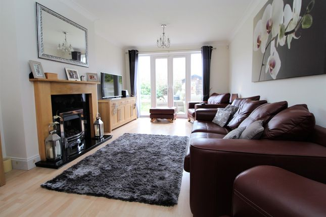 Thumbnail Terraced house for sale in Brimpsfield Close, London