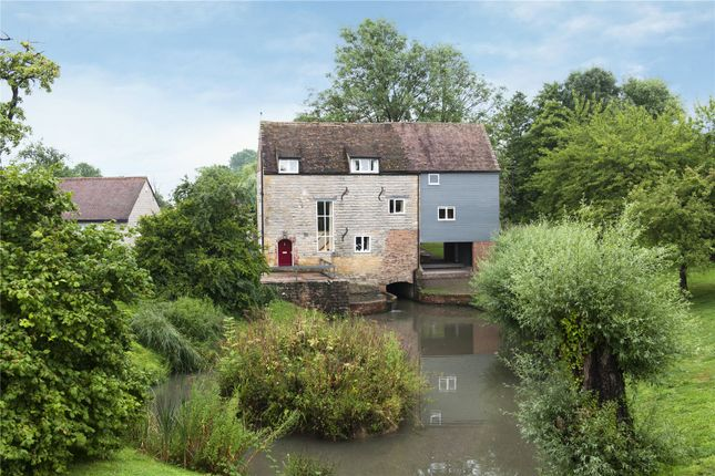 Thumbnail Detached house for sale in Hinton-On-The-Green, Evesham, Worcestershire