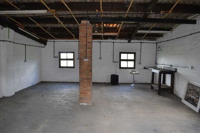 Thumbnail Light industrial to let in Tir Conail, Crippetts Lane, Cheltenham, Glos