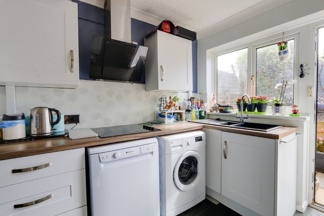Kitchen of King Arthurs Road, Exeter EX4