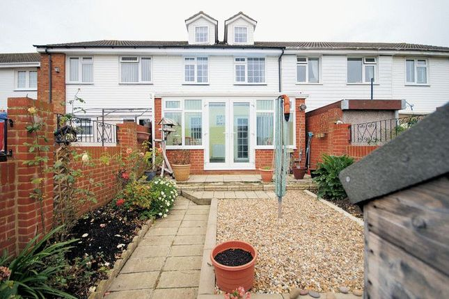 Thumbnail Terraced house for sale in Grindle Close, Fareham