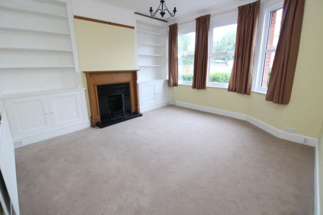 Thumbnail Semi-detached house to rent in Taylor Road, Wallington