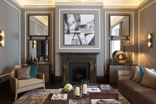 Thumbnail Town house to rent in Cadogan Place, Belgravia