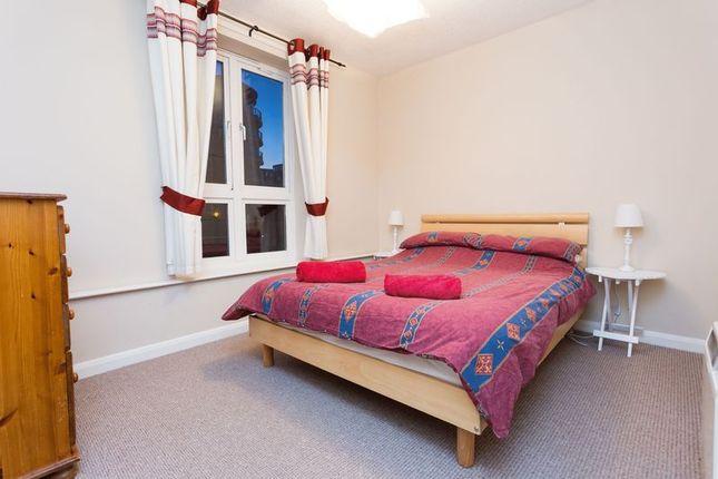 Thumbnail Flat to rent in Garter Way, London