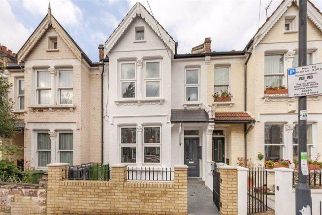 3 bed flat for sale in Honeybrook Road, London SW12