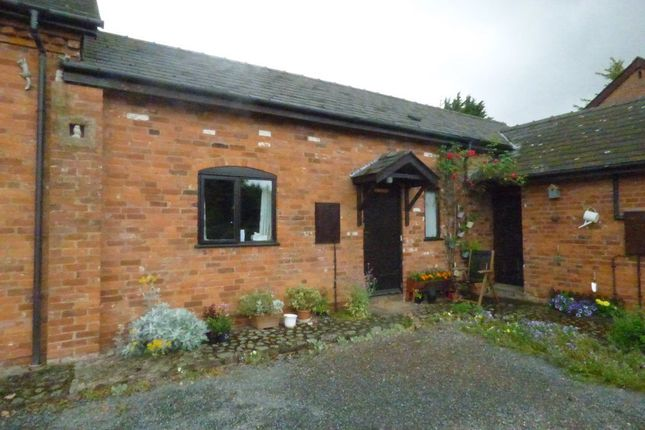 Thumbnail Bungalow to rent in The Smithy, Brampton Rd, Madley, Hfshire
