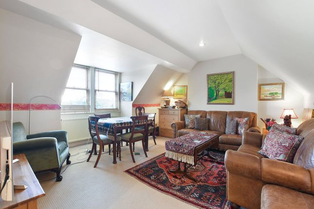 Thumbnail Flat for sale in Cleve Road, South Hampstead, London
