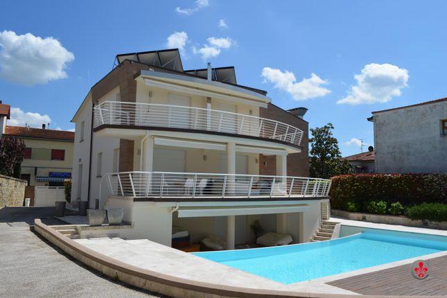 3 bed villa for sale in Via Roma, Castelfranco Piandiscò, Arezzo, Tuscany, Italy