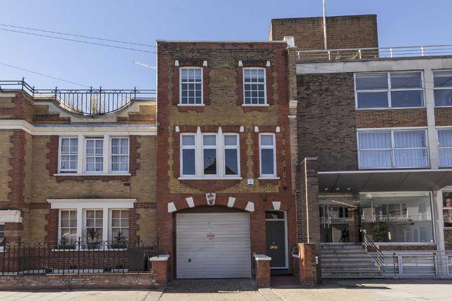 Thumbnail Flat to rent in Peterborough Road, London