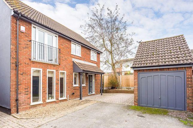 Thumbnail Link-detached house for sale in Market Place, Abridge, Romford