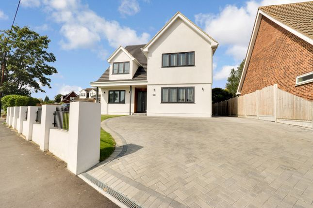 Thumbnail Detached house for sale in Hockley Road, Rayleigh