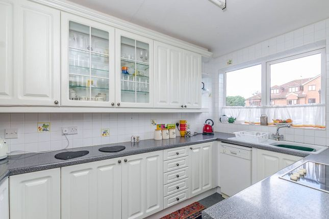 Thumbnail Flat to rent in Eastbury Place, Northwood