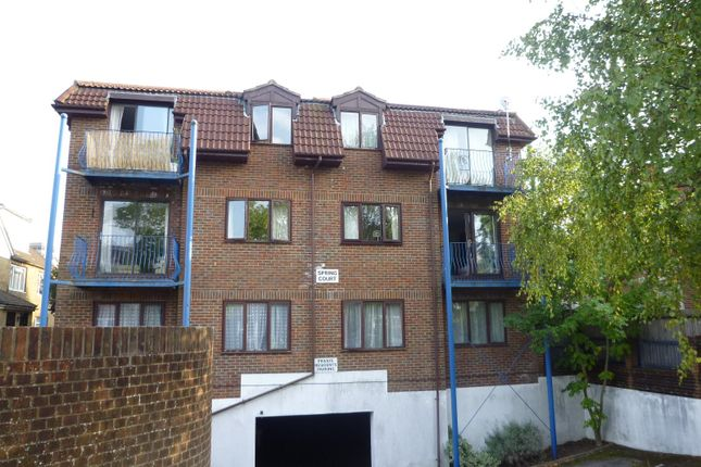 Thumbnail Flat to rent in Roberts Road, Shirley, Southampton
