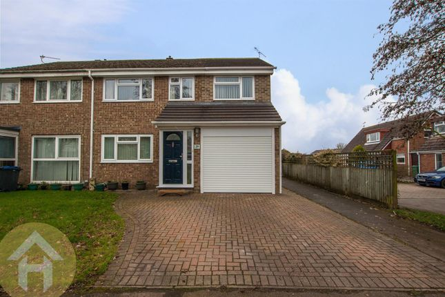 Thumbnail Property for sale in Briars Close, Royal Wootton Bassett, Swindon