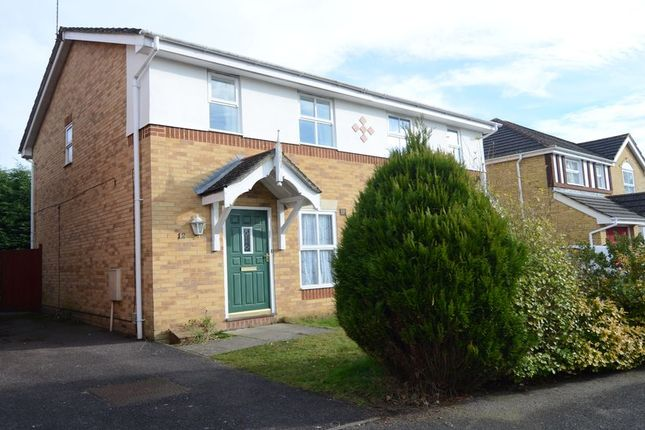 Thumbnail Semi-detached house to rent in Broadmead, Farnborough