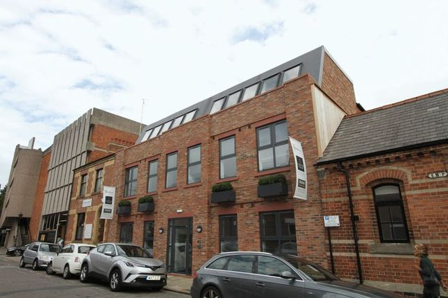Thumbnail Flat to rent in Volunteer Street, Chester