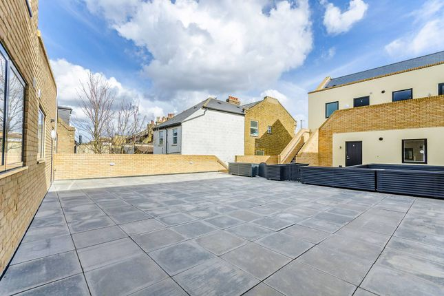 Thumbnail Property for sale in Provenance House, Colliers Wood, London
