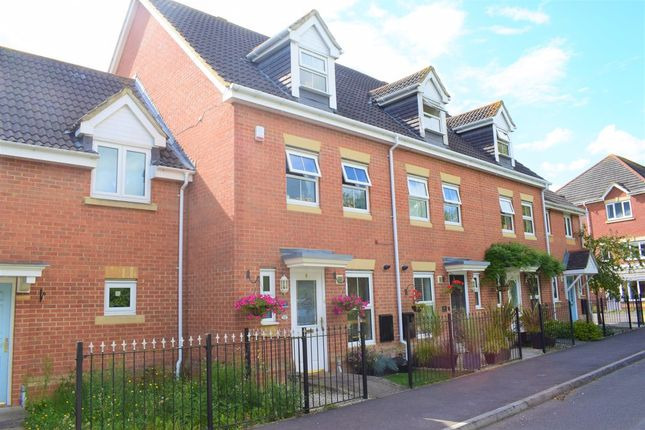 Thumbnail Terraced house for sale in Stag Drive, Hedge End, Southampton