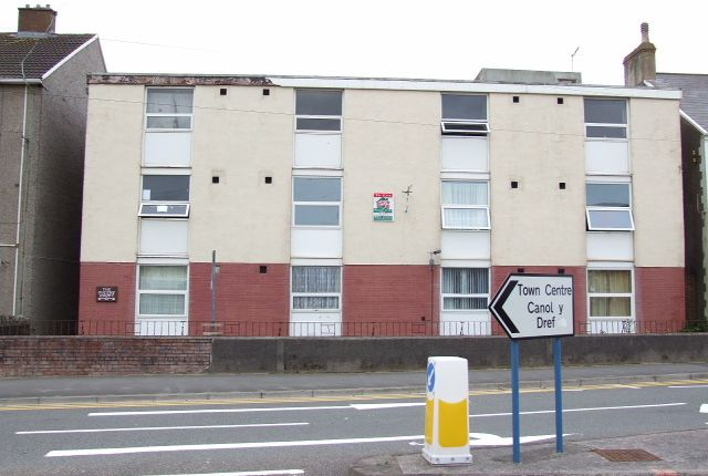 Studio to rent in 19, Queens Court, Port Talbot SA12
