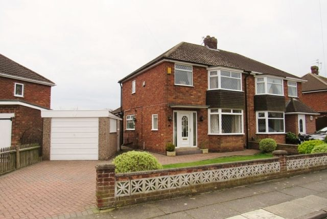 Thumbnail Semi-detached house to rent in Eastbourne Way, Scartho, Grimsby