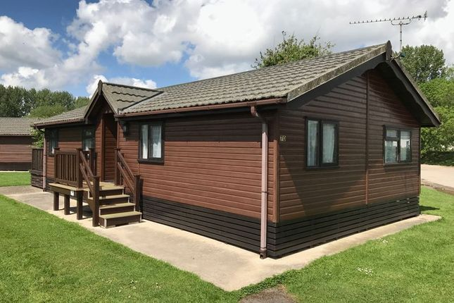 Thumbnail Detached house for sale in Broadway Lane, South Cerney, Cirencester