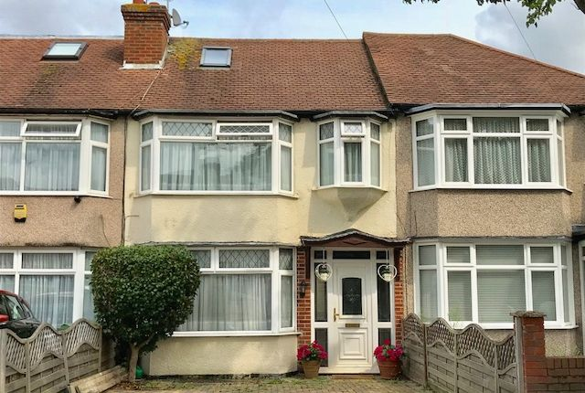 Thumbnail Terraced house for sale in Molesey Drive, North Cheam