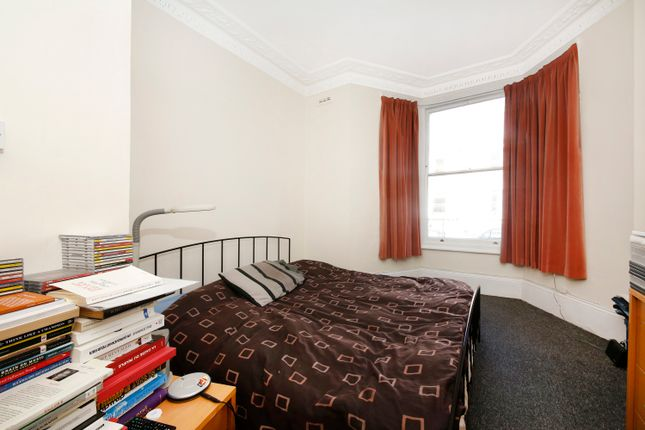 Thumbnail Flat to rent in Offley Road, Oval