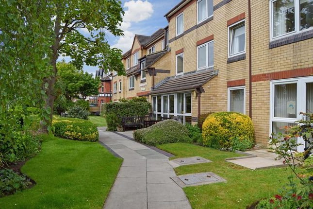 Thumbnail Property for sale in Homespray House, West Kirby