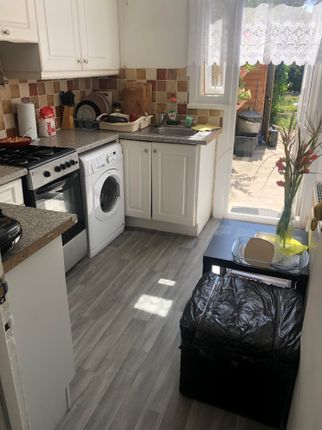 3 bed terraced house to rent in Morrab Gardens, Ilford IG3