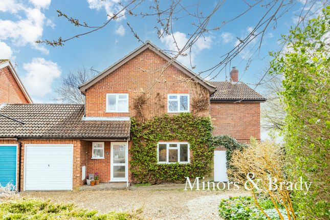 4 bed link-detached house for sale in Pightle Way, Lyng, Norwich NR9