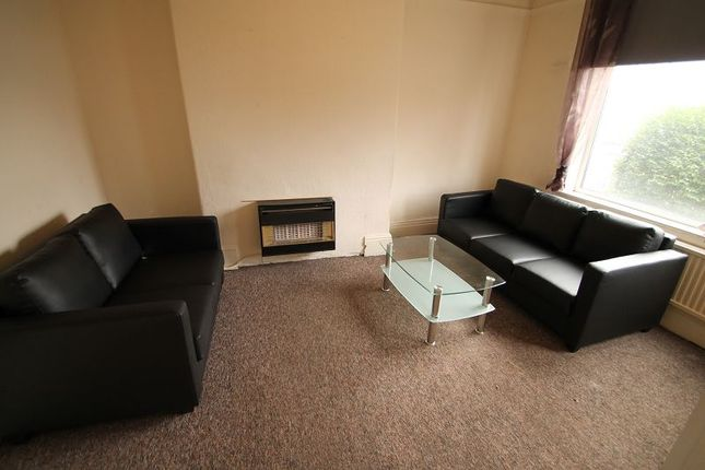 Thumbnail Property to rent in Sir Matt Busby Way, Old Trafford, Manchester