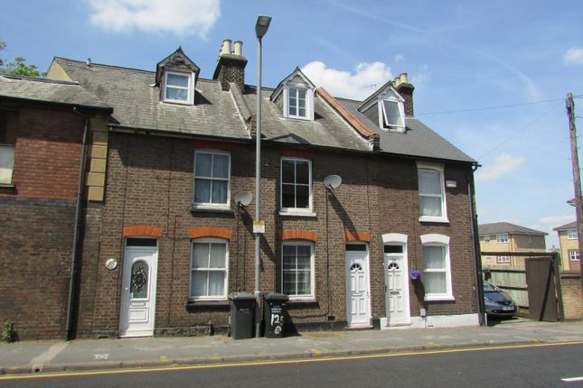 Thumbnail Terraced house to rent in Old Bedford Road, Luton