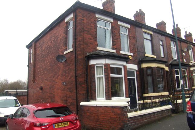 Thumbnail Terraced house for sale in Lodge Lane, Hyde