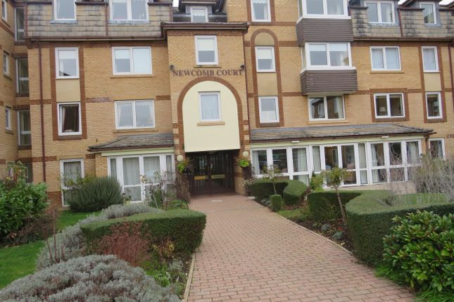 Thumbnail Property to rent in Newcomb Court, Stamford