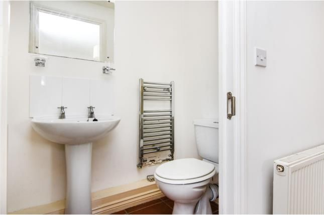 En-Suite of Chafford Hundred, Grays, Essex RM16