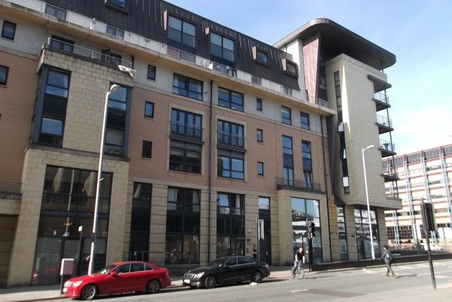 Thumbnail Flat to rent in Berkeley Street, Charing Cross, Glasgow