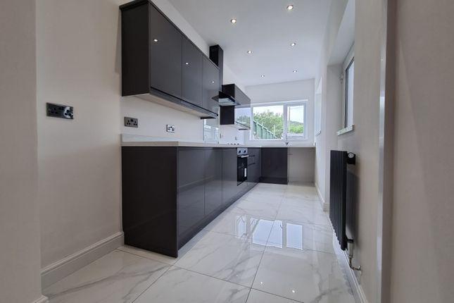 3 bed terraced house to rent in Ynys Terrace, Rhydyfelin, Pontypridd CF37