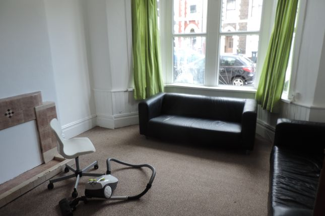 Thumbnail Flat to rent in Colum Road, Cathays, Caerdydd