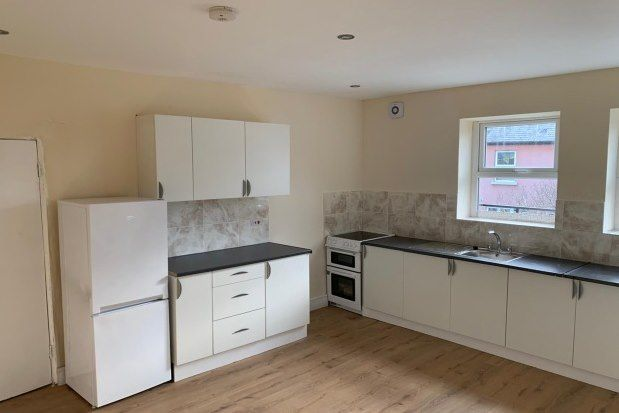 Thumbnail Flat to rent in Oldham Street, Hyde