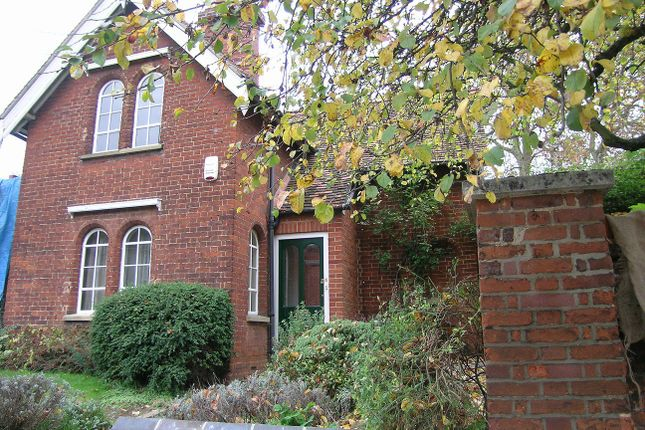 Thumbnail Detached house to rent in Looms Lane, Bury St. Edmunds