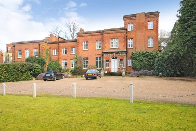 Thumbnail Flat for sale in London Road, Windlesham