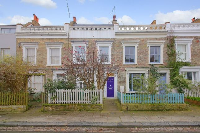 Thumbnail Terraced house for sale in Quadrant Grove, London