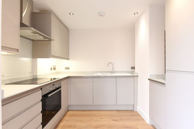Thumbnail Flat for sale in 43 Upper Clapton, Clapton, London