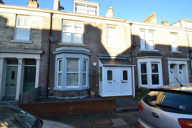 Thumbnail Flat to rent in Waterloo Place, North Shields