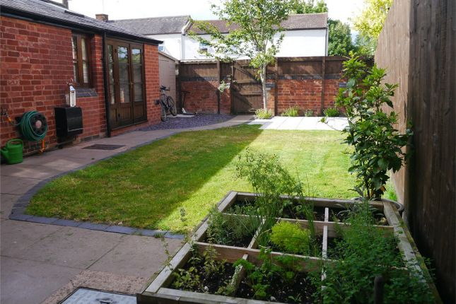 Thumbnail Detached house for sale in Mount Pleasant, Tewkesbury, Gloucestershire