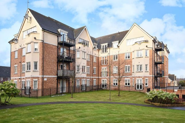Thumbnail Flat to rent in Capel Crescent, Stanmore